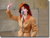 Lola Lamour, Wartime Weekend, Pickering