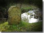 Water Arc head stone